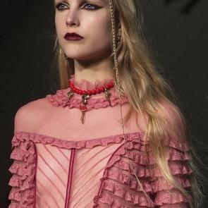 Sophie Hallette lace flounces for Valentino AW 17/18 #sophiehallette #lace #leaverslace #valentino #pfw #flounce #runway #closeup #paris #aw1718 #dentelledecalaiscaudry
