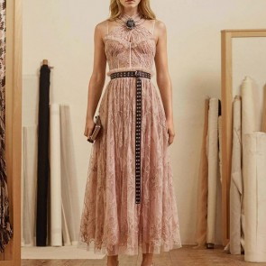 Nothing prettier than blush pink lace.  #SophieHallette #Lace #Leaverslace #AlexanderMcQueen #Cruise18 #Resort #quartzpink #blushpink #dentelledecalaiscaudry