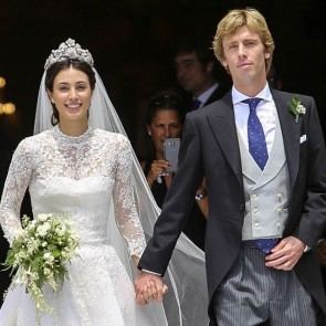 Prince Christian of Hanovre and Alessandra de Osma wedding  #wedding #Lima #Perou #jorjevazquez #weddingdress #dresslace #sophiehallette #dentelledecalais #madeinfrance