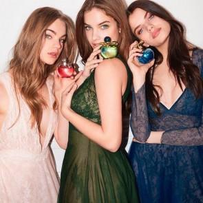 Les belles de Nina are charming us in this lace dress ✨#publicite #parfum #perfume #bellesdenina #ninaricciparfums #dentelle #lace #sophiehallette #dentelledecalaiscaudry #madeinfrance