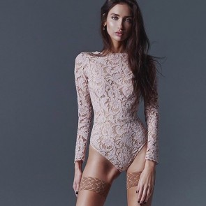 Lace bodysuit by Fréolic London👏 #riechersmarescot #dentelle #lace #madeinfrance #madeinlondon #bodysuit #freoliclondon #london #paris #dentelledecalaiscaudry #sophiehallette