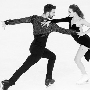Guillaume Cizeron and Gabriella Papadakis doing what they do best.  Custom shirt by @marcantoinebarrois created with our lace ⛸❄️ .  #dentelle #dentellefrancaise #dentelledecalais #dentelledecalaiscaudry #lace #sophiehallette #madeinfrance #custom #creation #potd #patinageartistique #patinage #figureskating