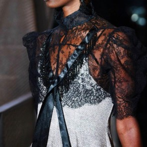 Sponsored student @aliceo1iver from @kingstonuniversity presents her graduate collection. She embellished the lace with Swarovski black crystal beading 👏✨ .  #dentelle #dentelledecalais #dentelledecalaiscaudry #dentelledecaudry #dentellefrancaise #lace #francelace #madeinfrance #sophiehallette #graduatecollection #graduatefashionweek