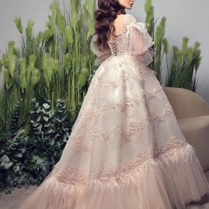 Princess look by @dar_al_hanouf 👰✨ The dress was made with one of our pink embroidered lace 🌸 .  #dentelle #dentelledecalais #embroidery #dentelledecaudry #dentelledecalaiscaudry #frenchlace #dentellefrancaise #lace #sophiehallette #daralhanouf #wedding #bride #bridal #robedemariee #mariee #weddingdress