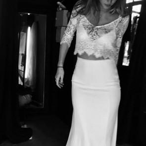Summer wedding in light lace top by @orlaneherbin 👰✨ .  #dentelle #dentelledecalais #dentelledecaudry #dentelledecalaiscaudry #dentellefrancaise #frenchlace #lace #madeinfrance #sophiehallette #custom #orlaneherbin #wedding #weddingdress #bride #bridal #robedemariee
